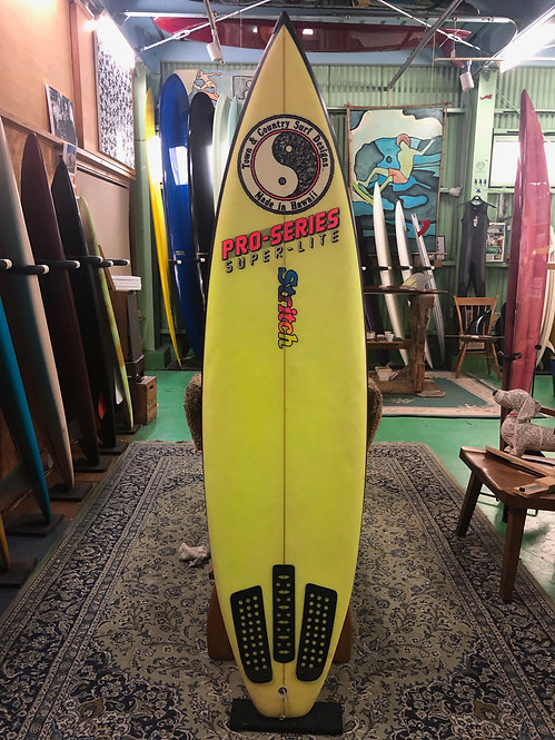 """USED_6'4"""" thruster  / T&C HAWAII shaped byGreg Stritch"""