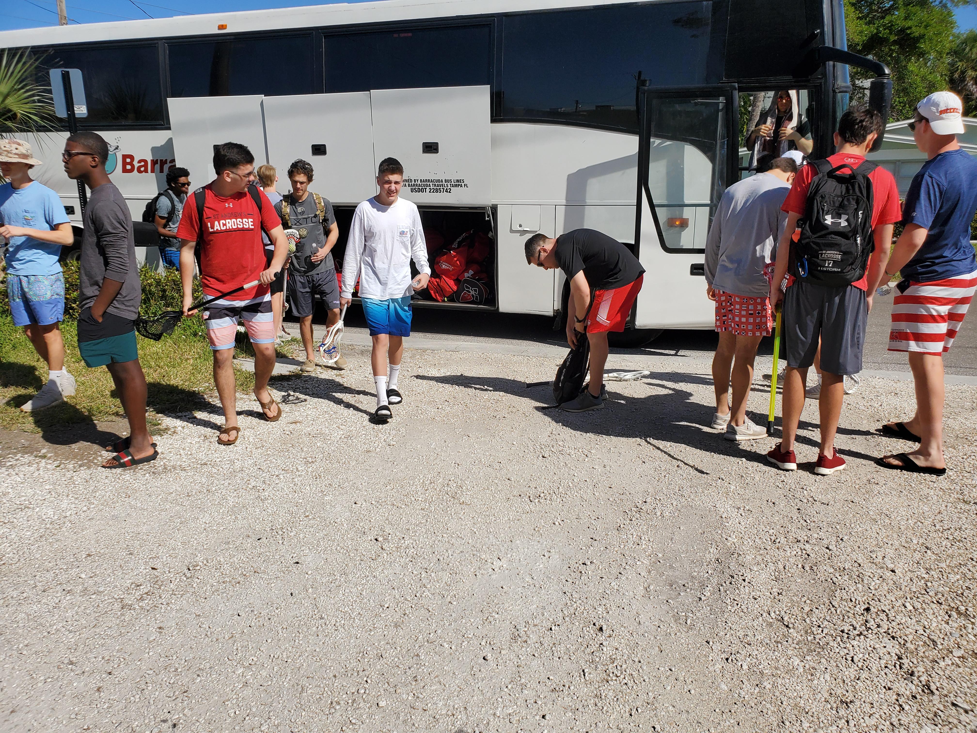 lacrosse bus rental