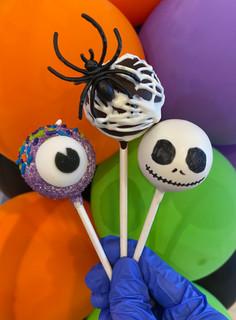Halloween Cake Pops NEW 2020 close up.jpg