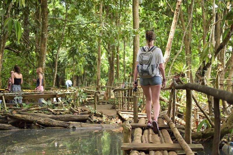 Auf dem Mekong durch Laos