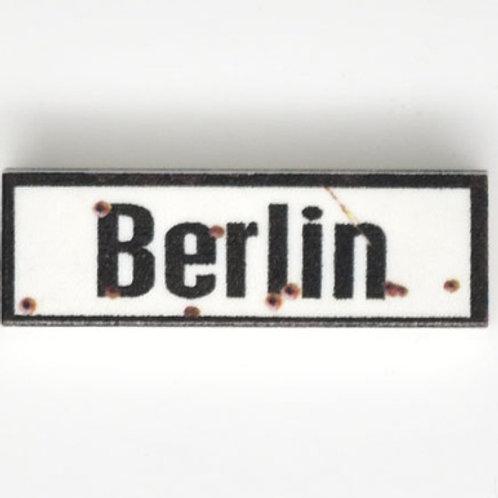 Printed LEGO® Tile 1x3 'WW2 Road Sign Berlin'
