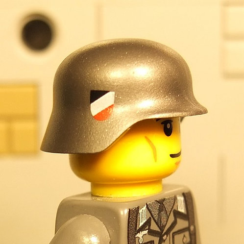 WW2 German Wehrmacht Helmet with insignia on both sides