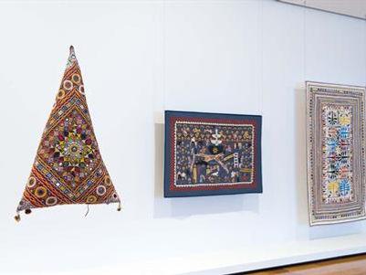 QAGOMA -Textile- from-fabric-of-life-thr