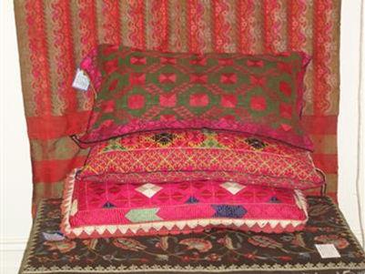 Burmese-textiles-display.jpg