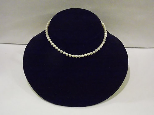 Child's Freshwater pearl necklace