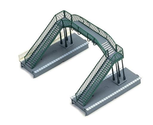 Hornby Footbridge - R076