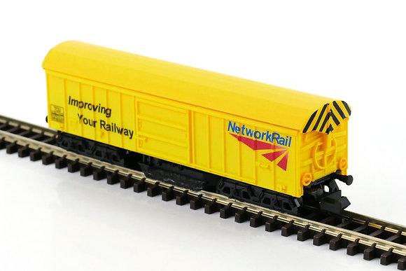 Gaugemaster N Network Rail Track Cleaning Wagon - GM2420101