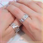 แหวนตัวอักษร แบบเต็มวง