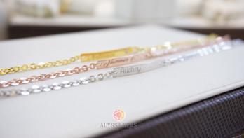 ข้อมือ Alyssa Gems Name Tag