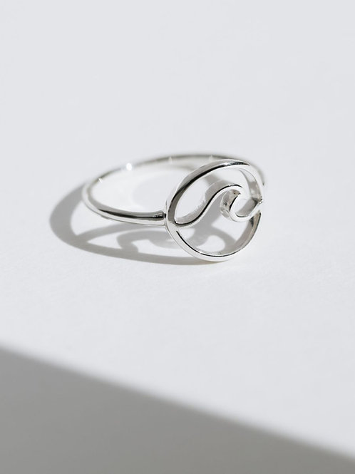 Dainty Wave Ring