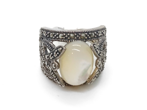 Anciet Pearl Ring