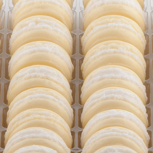 Savon fantaisie macaron - Senteur Poire/Caramel