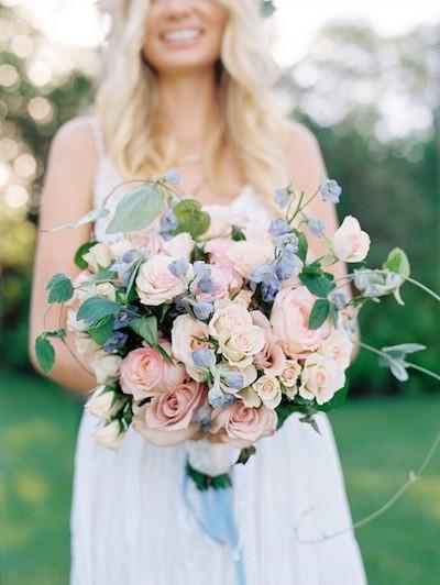 букет невесты розовый кварц серенити