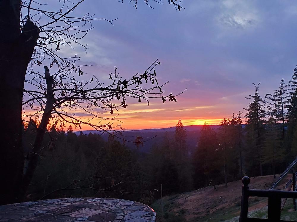 Sun setting in Gold Run California