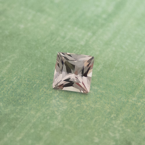 Lilac Spinel