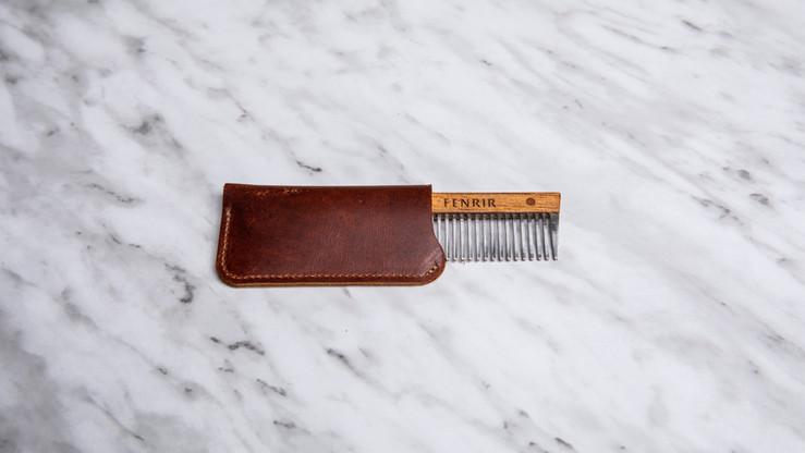 Peine para barba de bolsillo