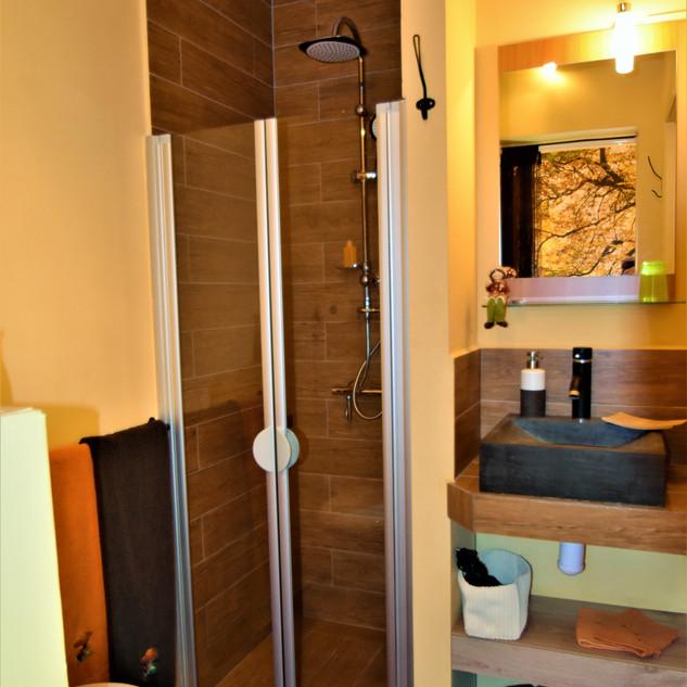 salle de bain forêt