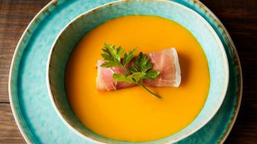 pompoen, soep, spaanse ham, ibericoham, serranoham, olijfolie, appel, Spaanse delicatesse,