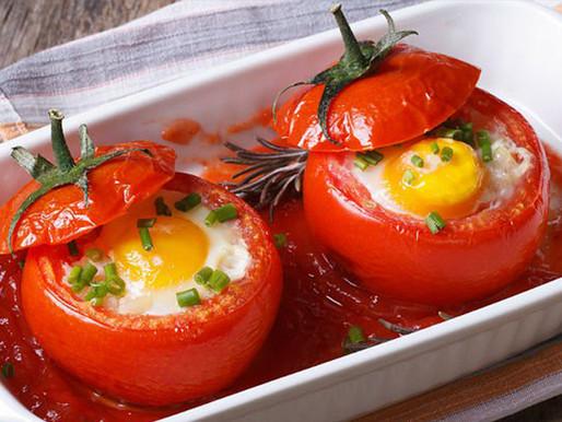 Tomates rellenos con huevo y queso (Gevulde Tomaten met ei en kaas)