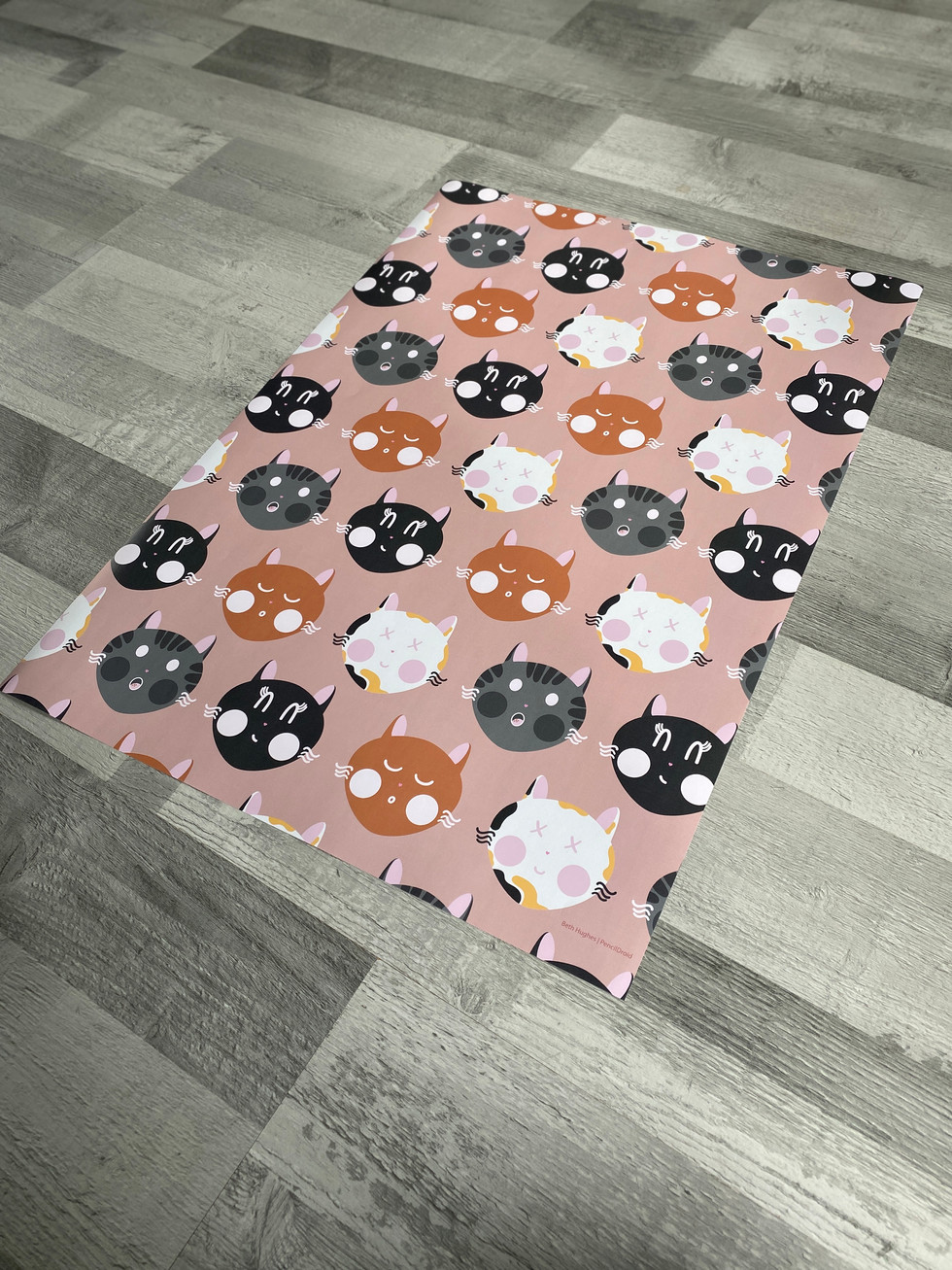 Cat Pattern Wrapping Paper