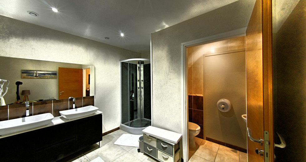 Salle de bain, chambre double