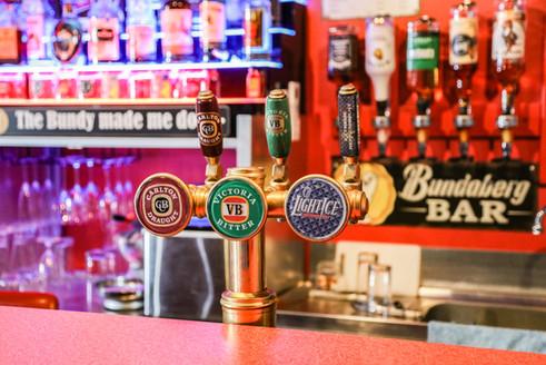 Pit Stop Bar - Beer taps