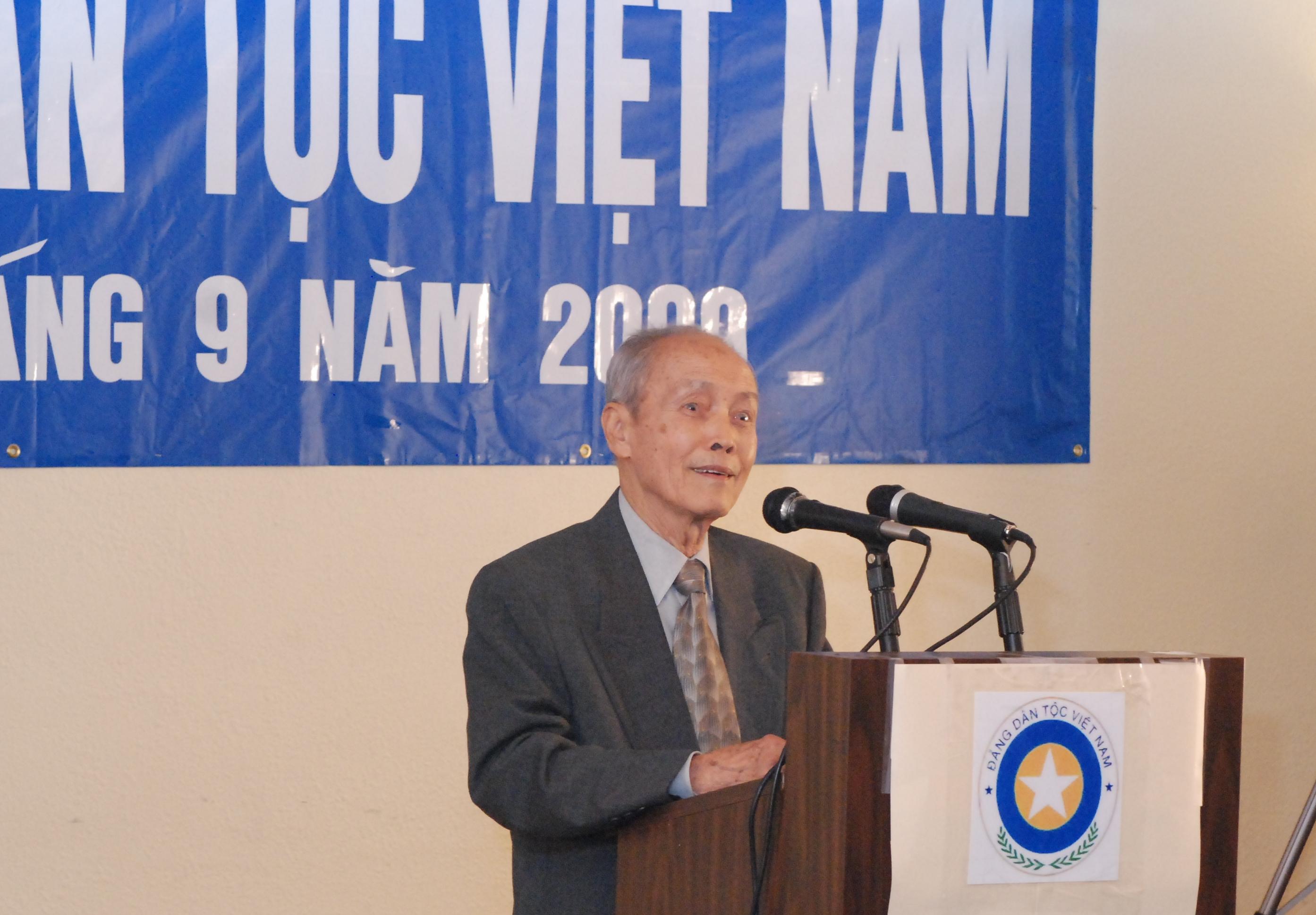 Đc Nguyễn Khắc Chính ở Đại Hội Đảng 9-2009