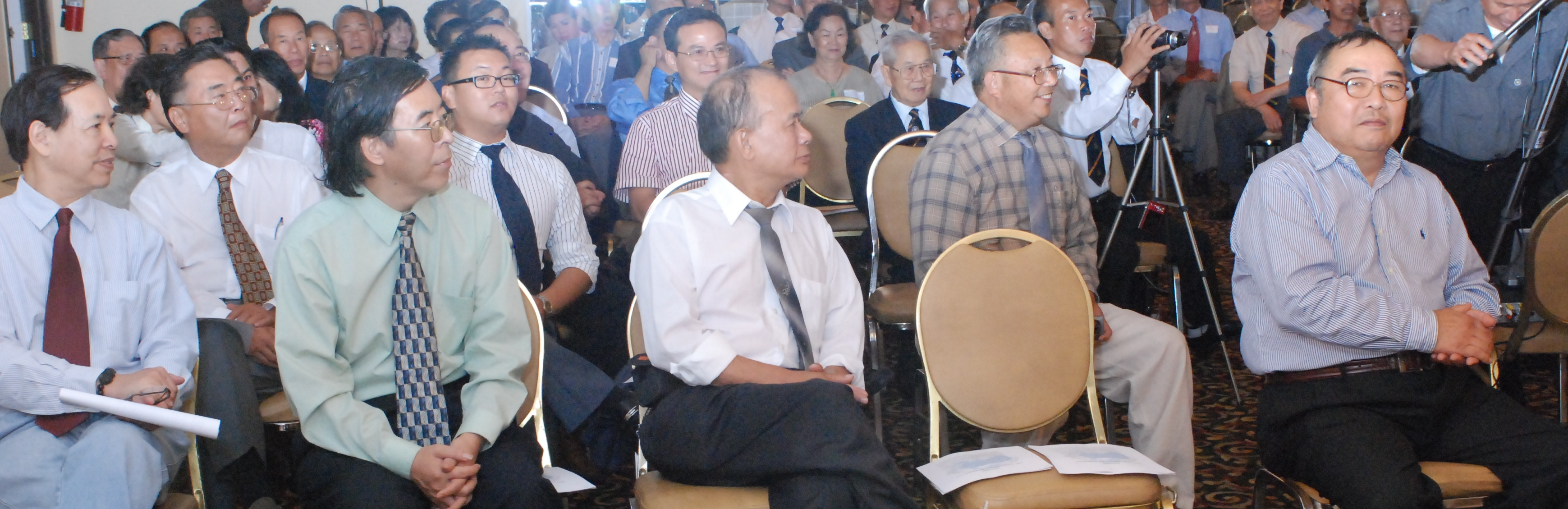 phai doan Lien Minh den Dai Hoi DDTVN (5-9-09)