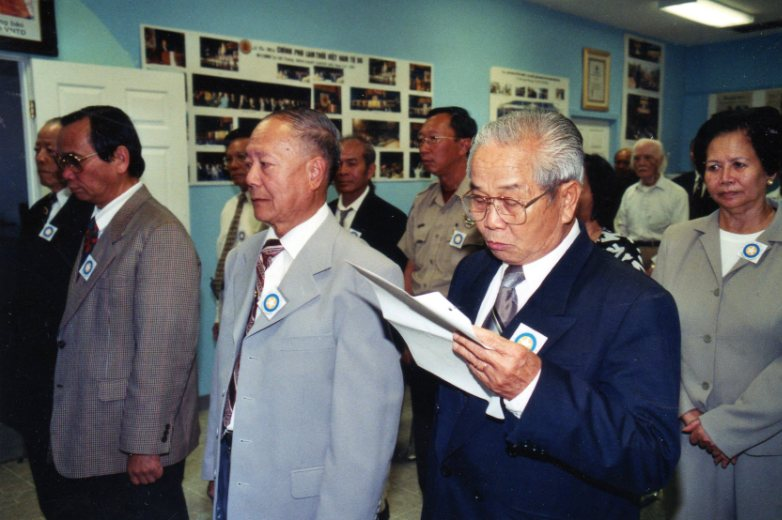 Dc Nguyen Van Si sinh hoat Khu Bo Nam Cali