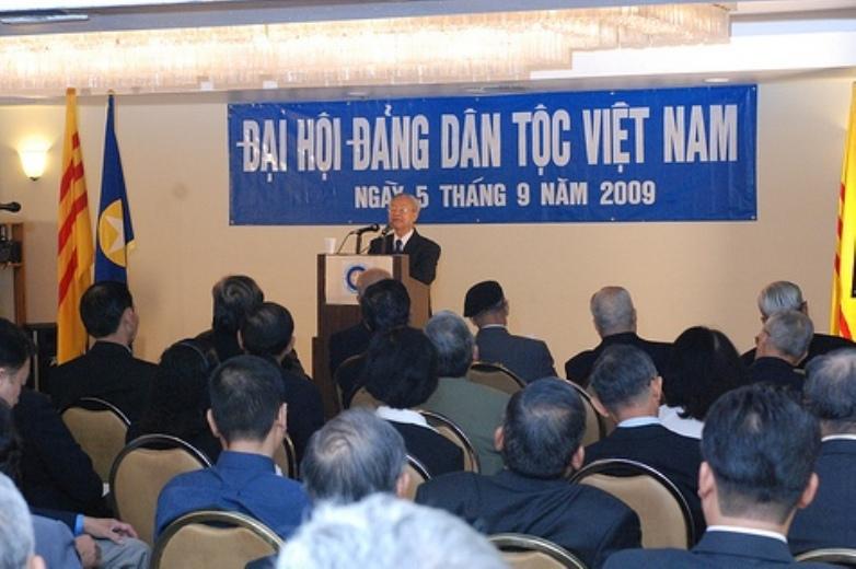 Ts Hà Thế Ruyệt - Dai hoi 2009