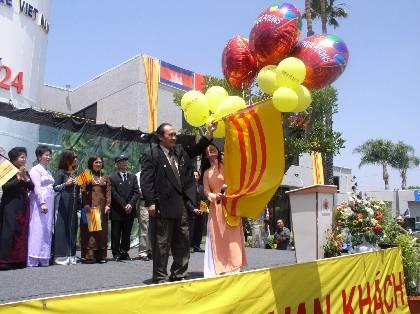 5-19-2003-KhanhThanh_VNTD_18_5_03_156