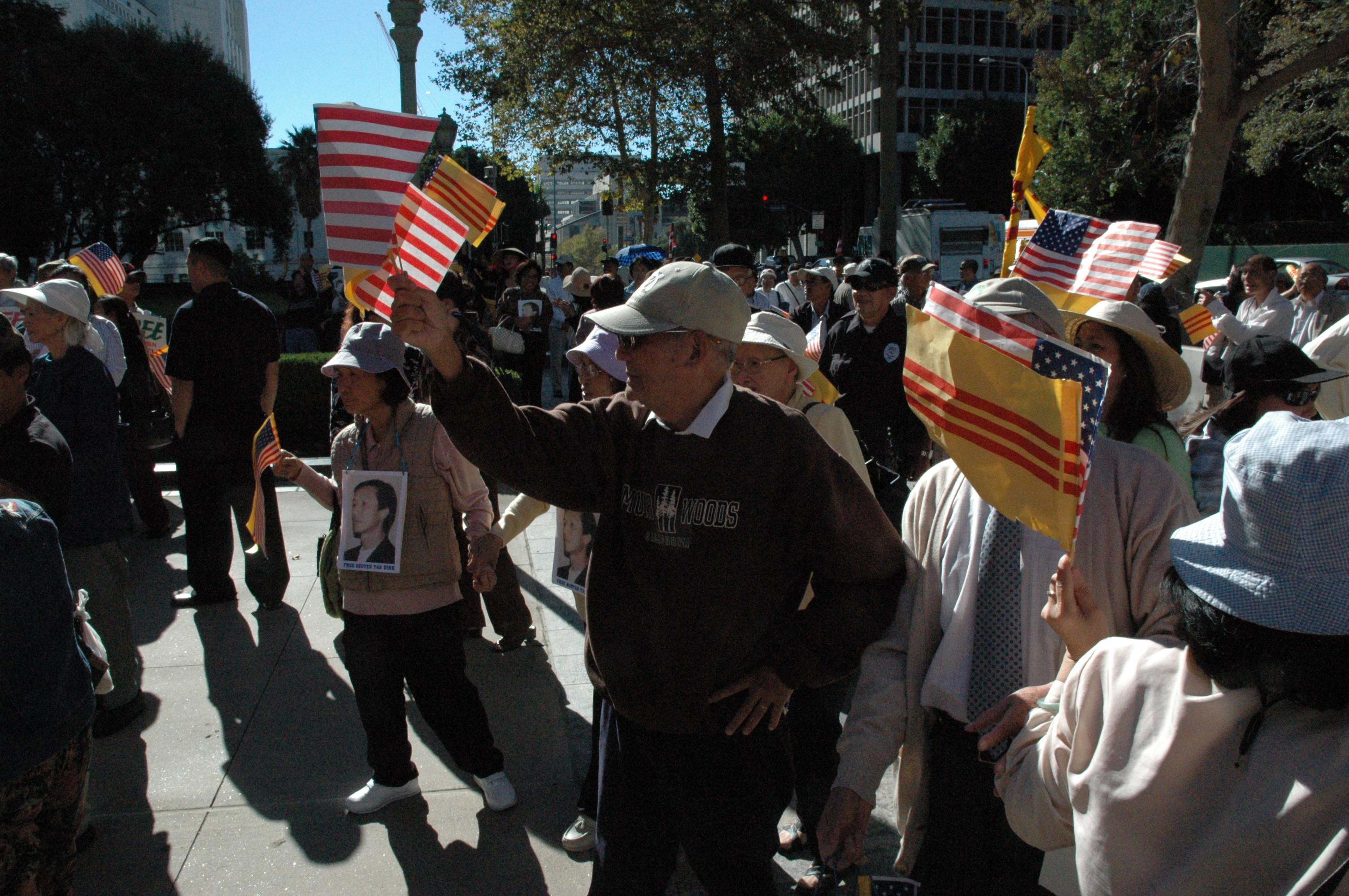 LA - Nov. 14-2007