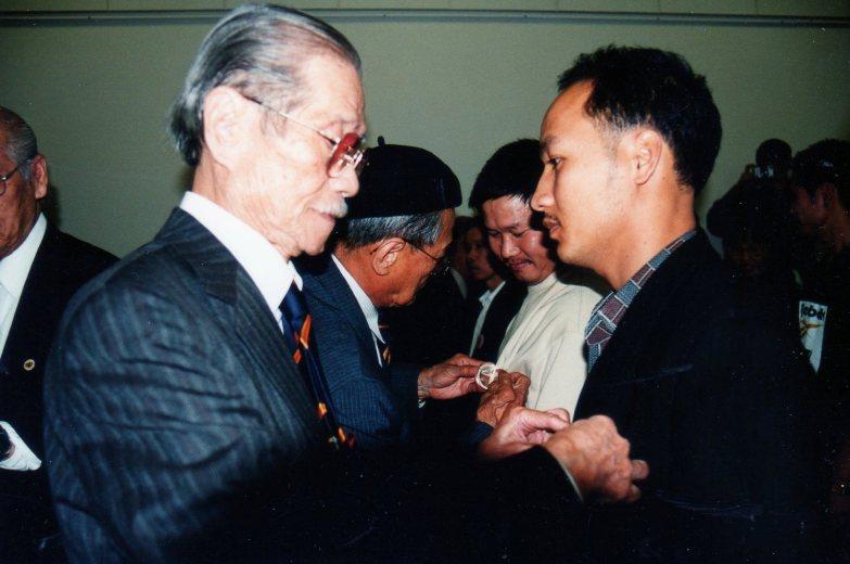 GS Nguyen Huy Dau (3)