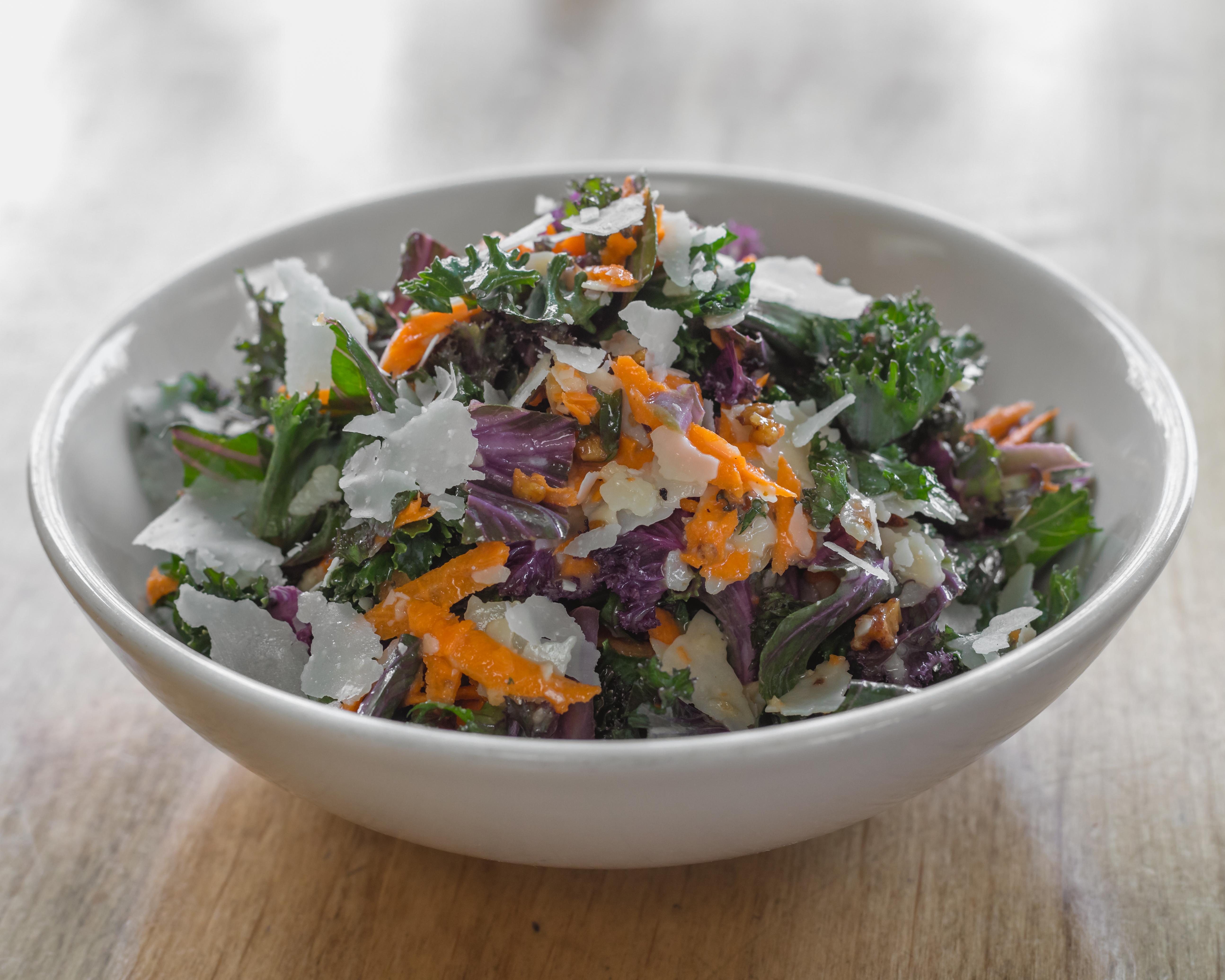 kale garlic salad