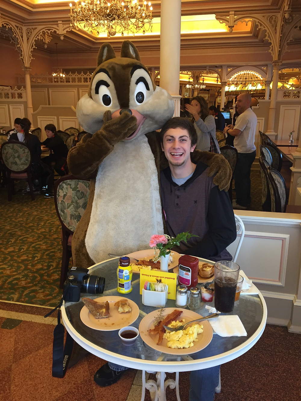 EscapeReno - Plaza Inn at Disneyland