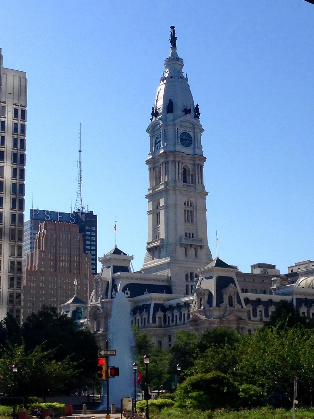 Escape Reno: Tour Bus in Philadelphia