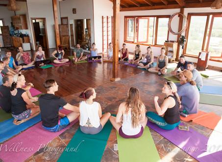 6 Reasons to Go On an Acro-Yoga Retreat