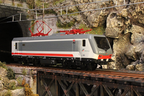 ViTrains 2242 - Locomotiva elettrica E.464.218 - H0