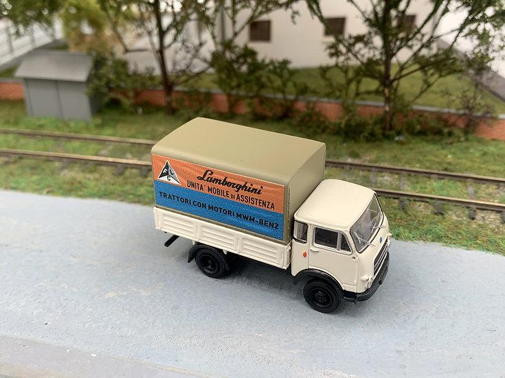 """Brekina 34638 - Autocarro OM 'Lupetto' PP """"trattori Lamborghini"""" - H0"""