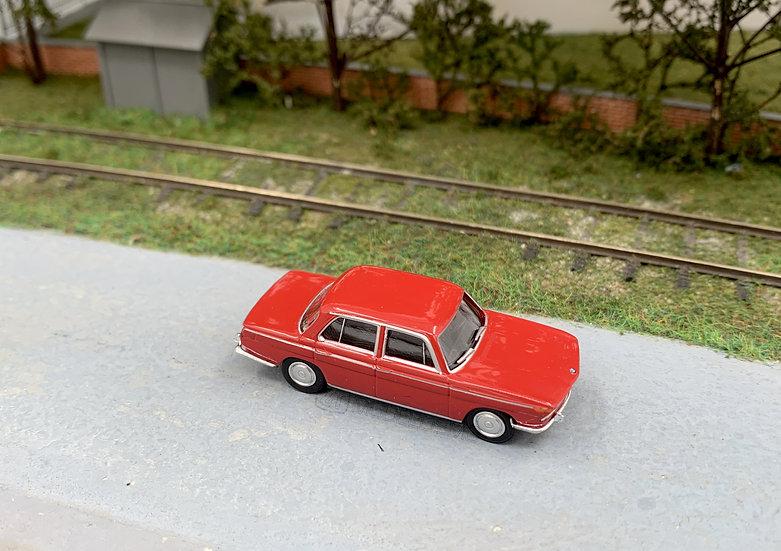 Brekina 24419 - BMW 2000 - H0