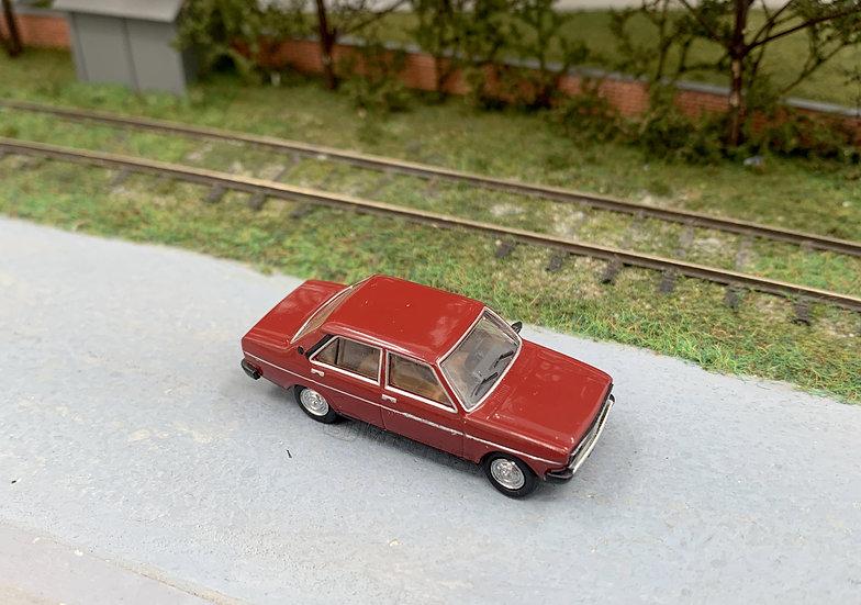 Brekina 22602 - Fiat 131 Mirafiori rossa - H0