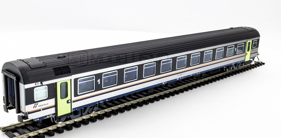 ViTrains 3203 - Carrozza passeggeri 1°cl, MDVE - H0