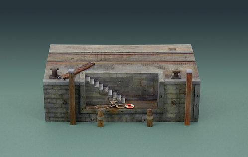 Italeri 5615 - Dock with Stairs - 1:35