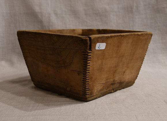 Boite à riz moyen modèle en bois ancien
