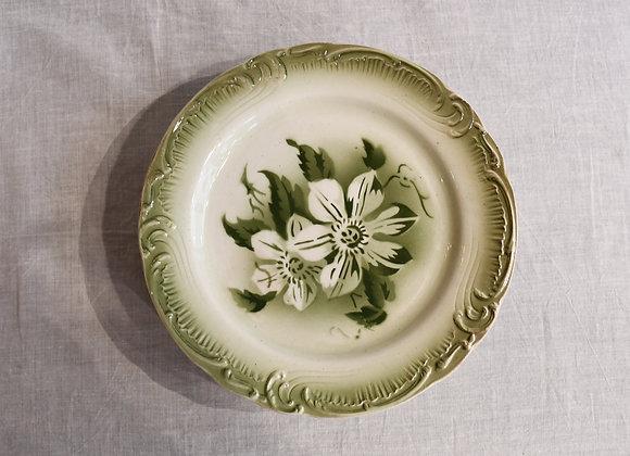 6 Assiettes anciennes porcelaine opaque de Gien
