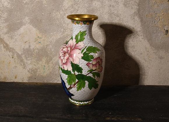 Vase cloisonné à motifs japonais