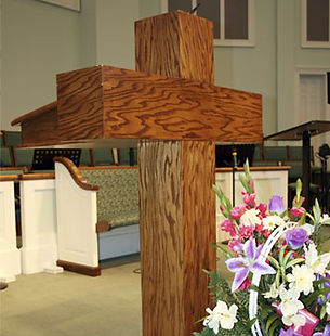 Wooden Cross Pulpit in Oak