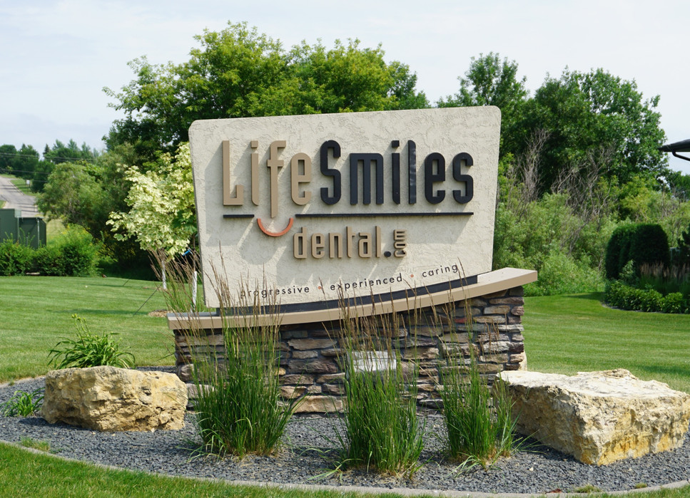 LifeSmiles Monument.jpg