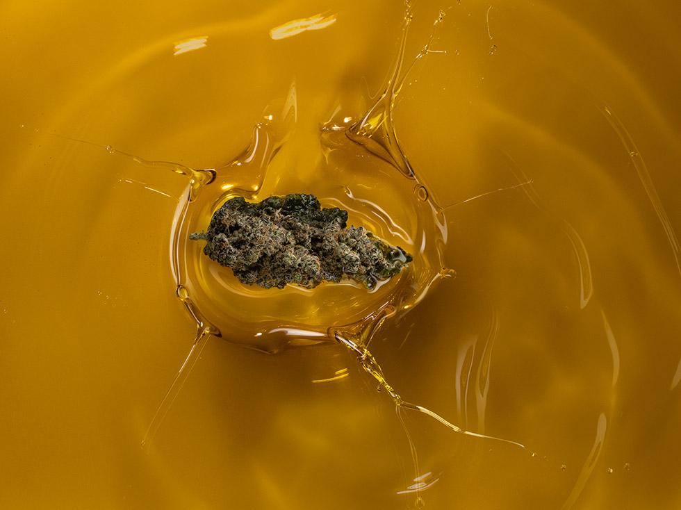 Oil Splashing Nug-1148