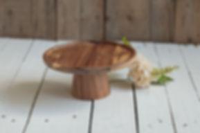 schaal voor taart,houten ondergrond,houten taart plateau,